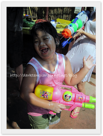 1004 Songkran (12).jpg