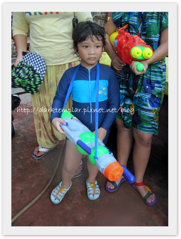 1004 Songkran (14).jpg