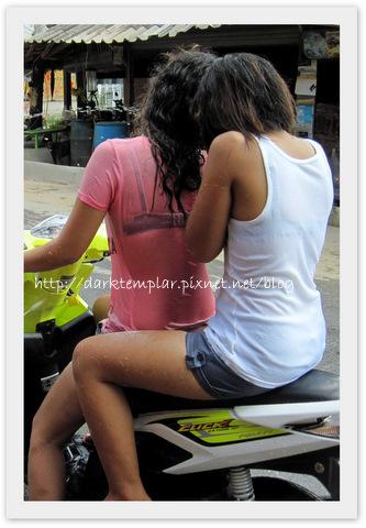 1004 Songkran (17).jpg