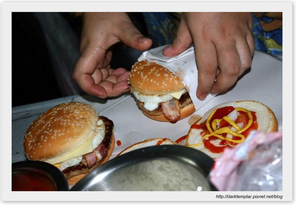 091024 Nana Burger9.jpg