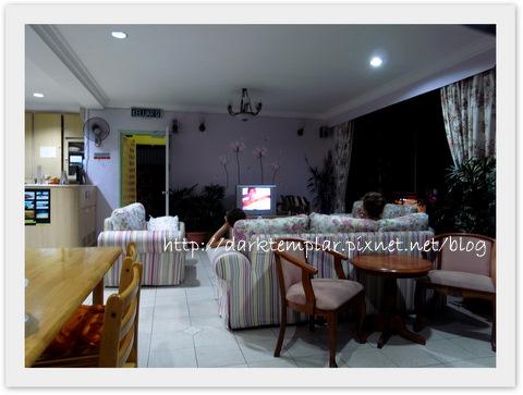Kota Kinabalu Step In Lodge (7).jpg