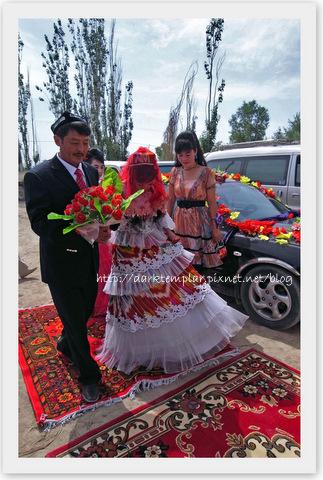 1007 Uyghur Wedding (14).jpg