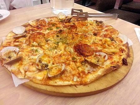 海王子皇室婚禮海鮮什錦披薩(一)
