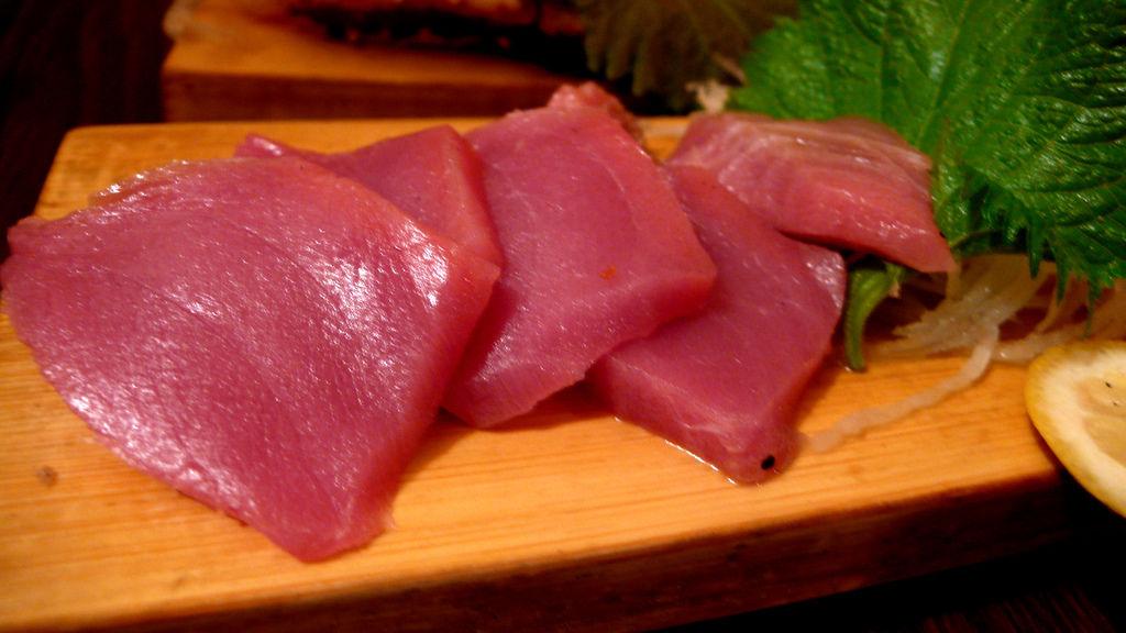 黑鮪魚生魚片