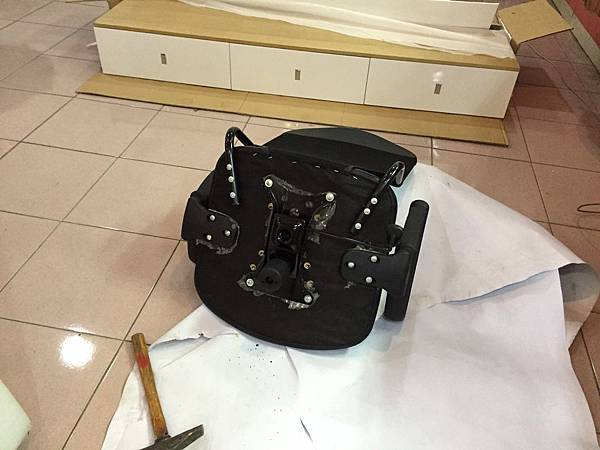 辦公椅維修更換腳 4