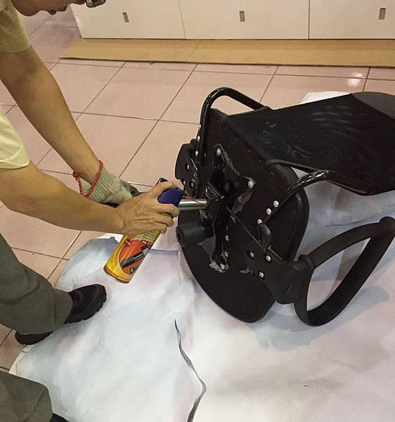 辦公椅維修更換腳 2