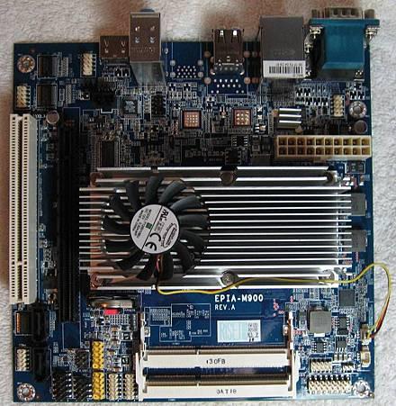 EPIA-M900-16L.JPG