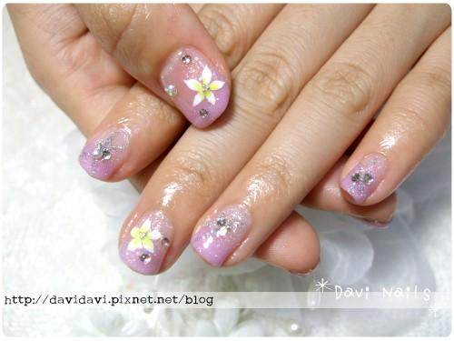 20110615。溫柔粉紫色與雞蛋花