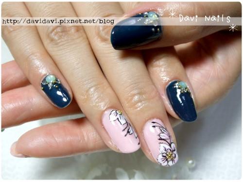 20110628。靛藍x粉色工筆花