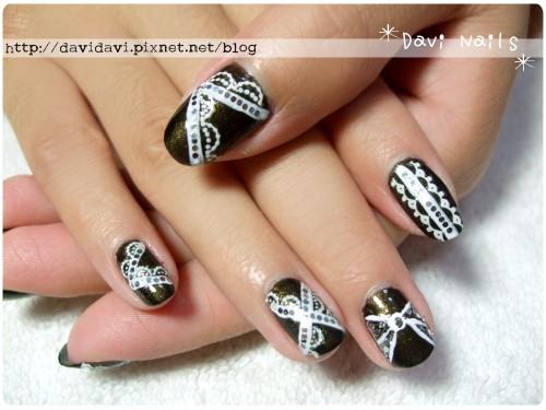 20111126。金屬墨綠x白蕾絲甜美個性風
