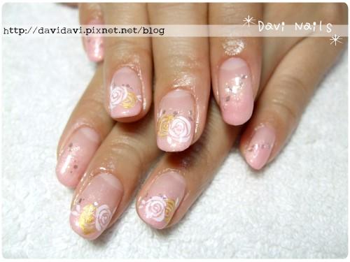 20111221。粉嫩色鑲金玫瑰