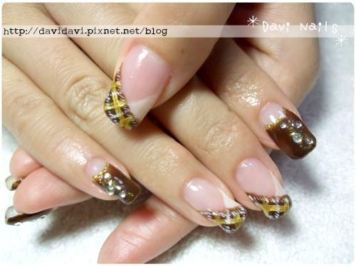 20111227。金棕毛呢格紋