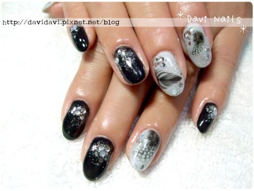 20120208。灰黑時尚羽毛