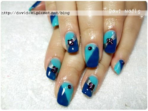 20120210。時尚藍色塊