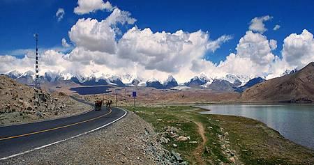 喀喇崑侖公路 (中國-喀什米爾-巴基斯坦).jpg