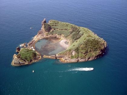 14-14全球最酷十二島-葡萄牙披薩島.png