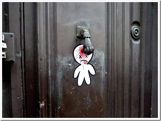 funny-street-art-4_thumb.jpg