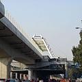 高捷R17世運站