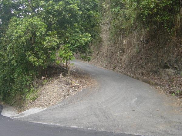 產業道路入口