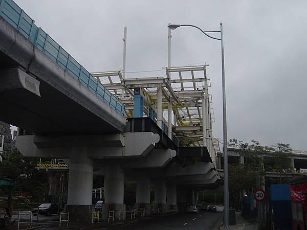 前面是大湖公園站