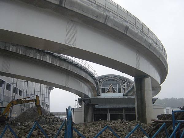終點南港展覽館站