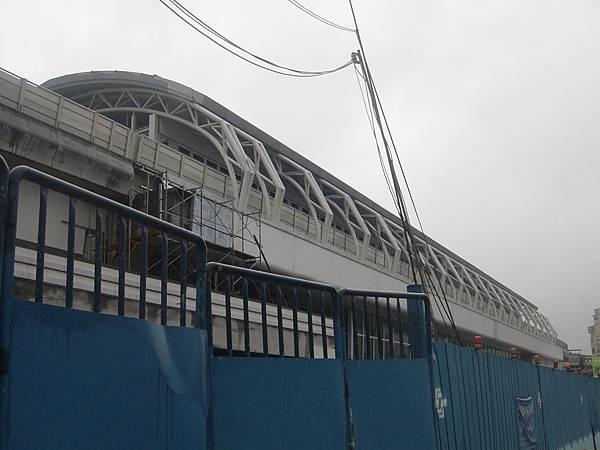 南港展覽館站