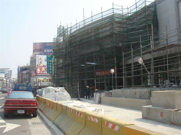 O12鳳山站1號出入口