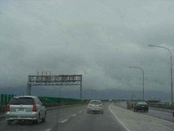 右側宜蘭北側交流道匯入