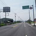 140縣道東行,筆直的路段