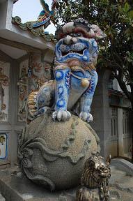 碧雲寺石獅子2.JPG