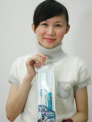 牙膏牙刷旅行組人像照.jpg