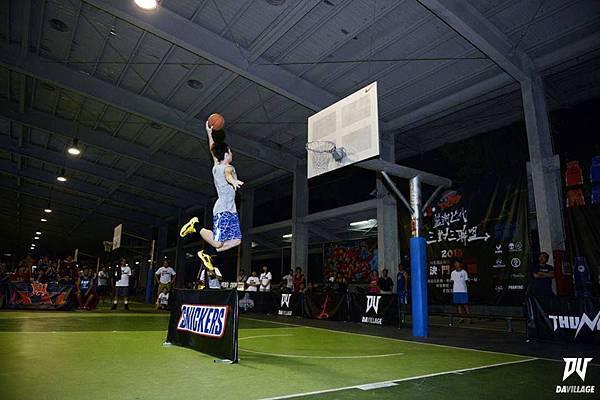 張力十足的灌籃永遠是球場上最具噱頭的環節之一!