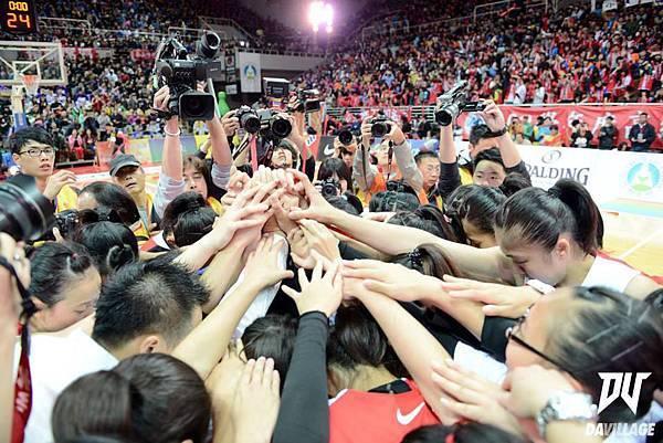 永仁高中上下一心,第二座冠軍絕對比第一座還要艱辛,而第三座....讓我們再拼一次!