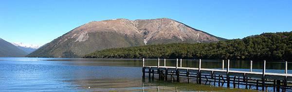 lake.jpg