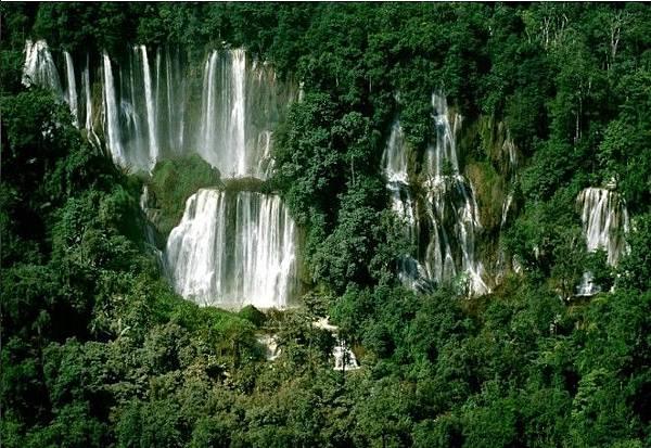 Namtok Thi Lo Su泰國最知名的瀑布