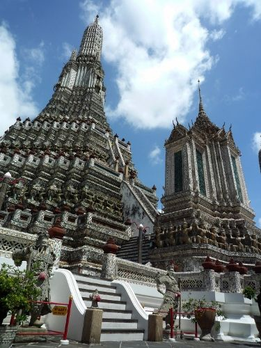 泰國新年誦經祈福