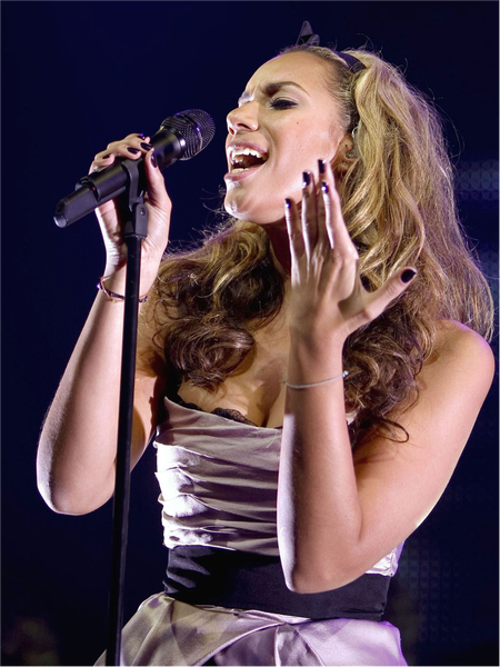 833_30_Cybersquatting-cases-Number-4-Leona-Lewis.png