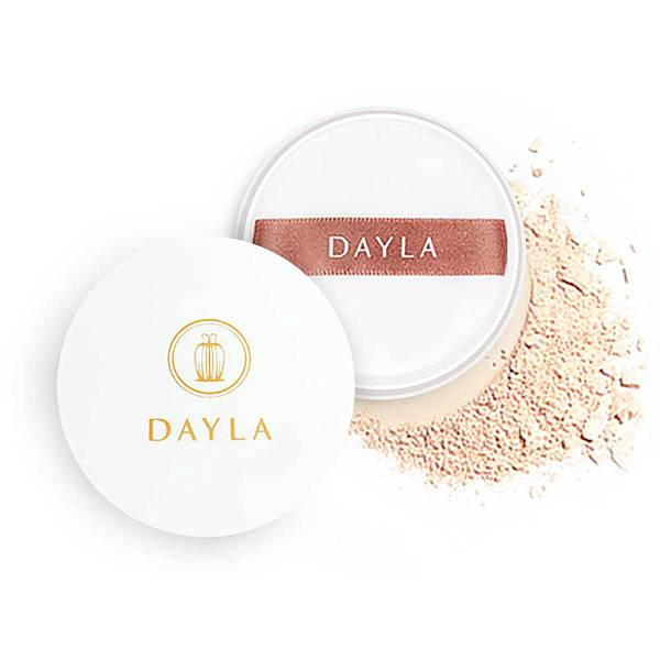 dayla loose-powder.jpg