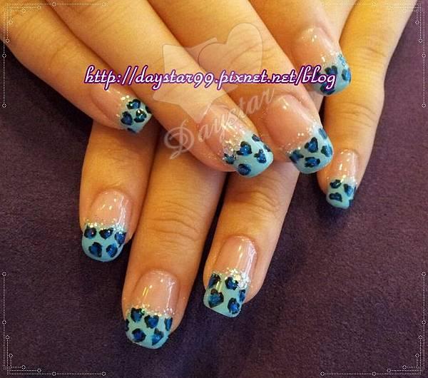 藍色愛心豹紋平行法式《光療指甲》