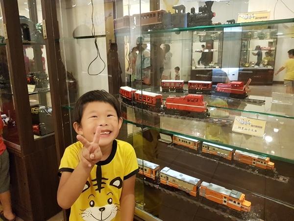 阿里山小火車.jpg