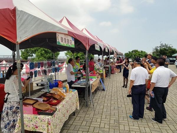 食旅中臺灣彰化場 在八卦山大佛風景區廣場行銷7.jpg