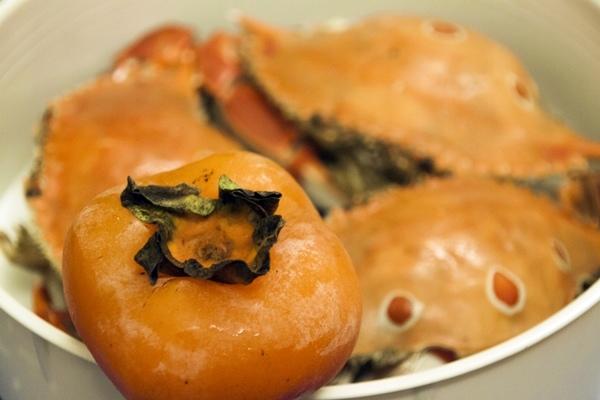 柿子不能和蝦蟹海鮮一起吃?.jpg