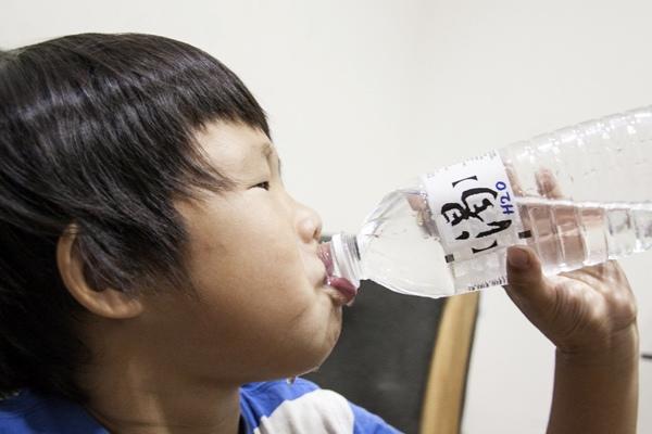 四大飲水習慣好傷腎!這些情況請你多喝水?.jpg