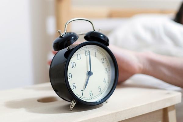 冬日起床前注意保暖 十招戰勝賴床壞習慣.JPG