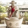 彰化花壇白沙坑文德宮-翰林福德老爺石雕像與錢母01.jpg