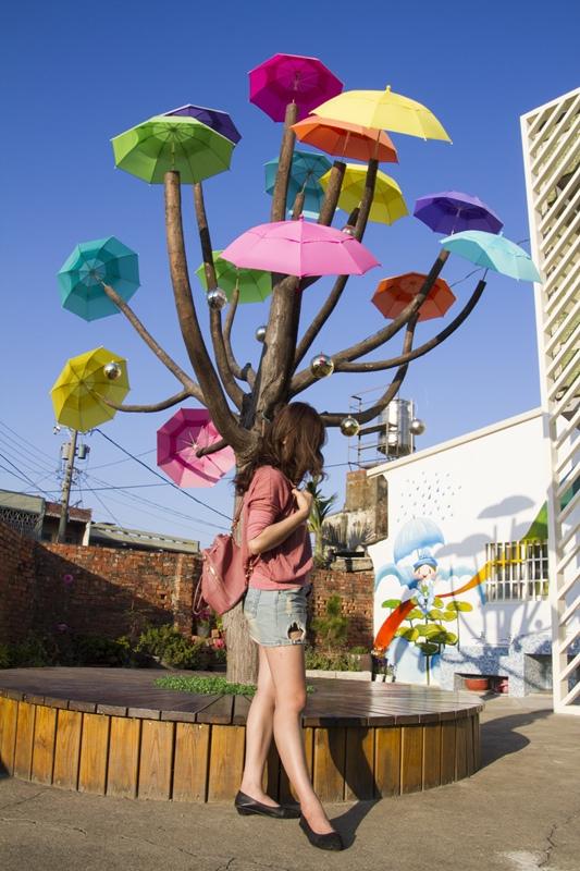 彰化和美旅遊景點【彩虹屋 Rainbow House-卡里善之樹 】1.jpg