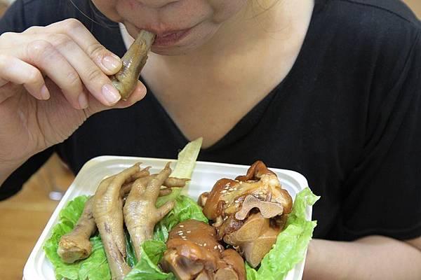 雞腳豬腳補充膠原蛋白 多吃不年輕反變胖.JPG