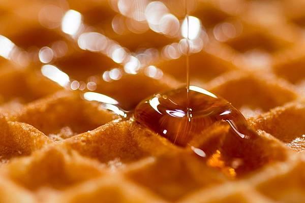 蜂蜜是生活中常見的食材.jpg