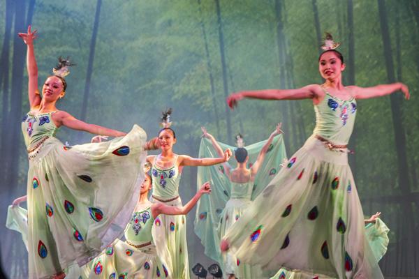 彰化市立舞蹈團公演 芭蕾舞動彰化夢想1.png