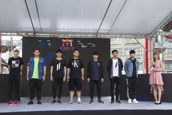 彰化南瑤宮聖母盃傳說對決電競大賽 打遊戲給媽祖看3.png